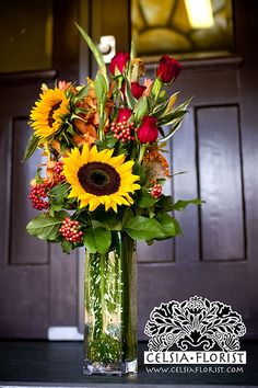 Great big sunflowers are the best for new, bright, energetic spring and summer romances.