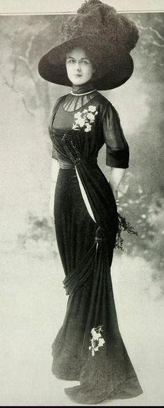"the-modern-edwardian: ""Fashion of 1909 "" ❤️"