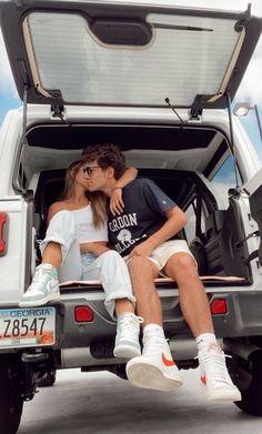 Cute Couples Photos, Cute Couple Pictures, Cute Couples Goals, Cute Photos, Freaky Pictures, Cute Tumblr Pictures, Teen Couples, Couple Goals Relationships, Relationship Goals Pictures