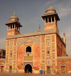 Wazir Khan Mosque, 1634-35 AD, Lahore, Pakistan #Lahore #Architects #Construction  http://www.arcon.pk/portfolio/house-for-qaiser-sajjad-at-state-life-housing-society-lahore