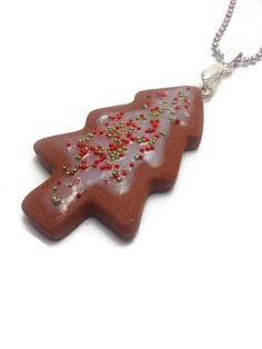 Christmas Tree Pendant Cookie Pendant Mini Food by JosCreationsGR #christmastreependant #minifoodjewelry #gingerbreadjewelry #gingerbreadchristmastree #polymerclayjewelry #christmasgift #merrychristmas #JosCreationsGR