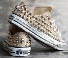 vintage studded converse.. love them