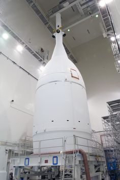 NASA's Orion Spacecraft Set to Roll out to Launch Pad for its First Flight | NASA