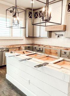 Easy Quartz Countertops Install for a Modern Farmhouse Kitchen