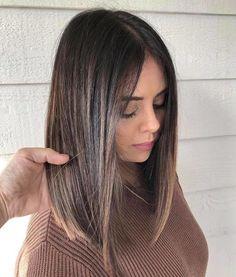 Lob Haircut Thick Hair, Lob Haircut Straight, Haircuts For Medium Hair, Medium Hair Cuts, Long Hair Cuts, Medium Hair Styles, Straight Hairstyles, Short Hair Styles, Haircut For Medium Length Hair