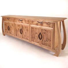 EMPRESS Made from oak, pippy oak and walnut.