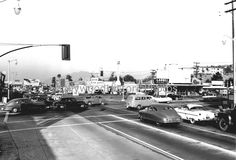 Ventura Blvd. & Laurel Canyon Blvd. 1954. Decades later, I worked on this same corner at the Col. Sanders.