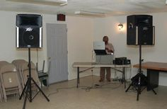 Clyde Moore provides reliable and professional DJ services for weddings, proms and other special occasions. He is among the local DJs who will take bring your guests to their dancing feet.