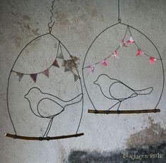 Oiseaux sur leur branche.