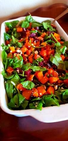 Butternut, beetroot, spinach and feta salad Recipe by Shandré Linde Spinach And Feta, Spinach Salad, Beetroot And Feta Salad, Beetroot Recipes, Healthy Meals, Healthy Recipes, Roasted Butternut, Great Recipes, Salad Recipes