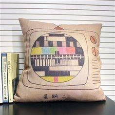 寂寞星期二怀旧简约电视机抱枕创意文艺小清新靠垫靠枕套