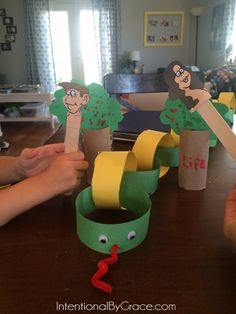 Home Preschool Week in Review {God is Good and Letter A} - Adam and Eve in the Garden craft