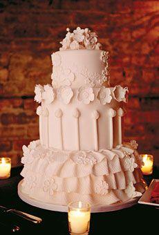 Classy White Wedding Cakes - Arabia Weddings