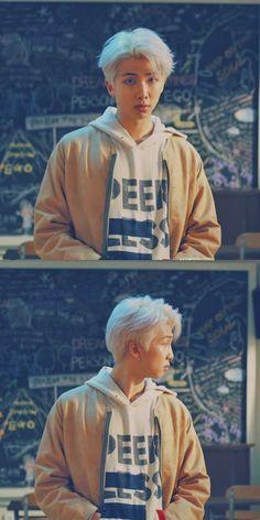 Bts_Kim Namjoon/Rm Nam Joon Joon If you are plann Bts Rap Monster, Bts Lockscreen, Jimin, Bts Bangtan Boy, Mixtape, Rapper, Foto Bts, K Pop, K Wallpaper
