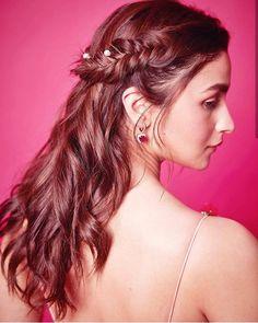 "Alia bhatt🌹👑 on Instagram: ""💋 @aliaabhatt #aliabhatt #alia #aliaabhatt #aliaa #dishapatani #deepikapadukone #actress #ashwariyarai #anushkashetty #anushkasharma…"""