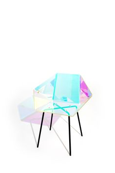 PRISMANIA, new chair, design by Elise Luttik, photography by Lisa Klappe