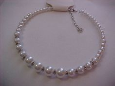 I'm auctioning 'creamy white faux pearl necklace' on #tophatter