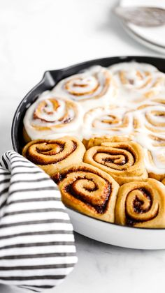 These pumpkin cinnamon rolls are so soft and fluffy. If you're looking for a delicious fall breakfast recipe, these are it! They're smothered in silky cream cheese icing and have pumpkin in the dough AND the filling. Fall Dessert Recipes, Great Desserts, Fall Recipes, Autumn Desserts, Brunch Recipes, Dessert Ideas, Breakfast Recipes, Pumpkin Cinnamon Rolls, Pumpkin Bread