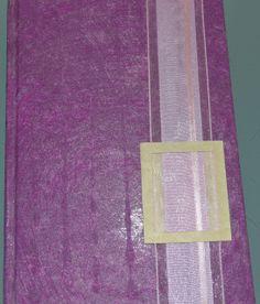 QUADERNO: Prodotto fatto completamente a mano. Quaderno con copertina in carta di velo rigida decorata con nastri d'organza e cartoncino.