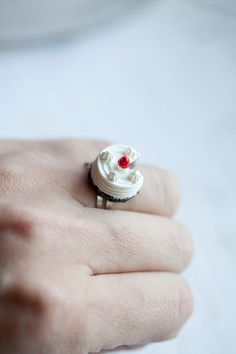 Cake ring - @Cheryl Owsley u shld get one of these!