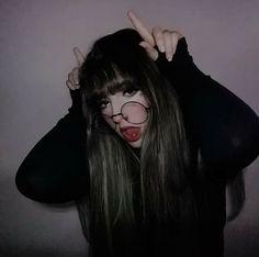 Pin by odyssey on girl Bad Girl Aesthetic, Aesthetic Grunge, Aesthetic Photo, Uzzlang Girl, Grunge Girl, Kawaii Girl, Tumblr Girls, Pretty People, Girl Photos