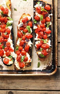 The Next Best Caprese Variation: Grilled Bruschetta Bruschetta Recipe, Small Meals, Antipasto, Grilling, Appetizers, Pizza, Cooking Recipes, Snacks, Pockets