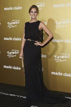 Marie Claire Prix de la Moda 2015: Amaia Salamanca. Con un vestido negro con flecos de Oscar de la Renta