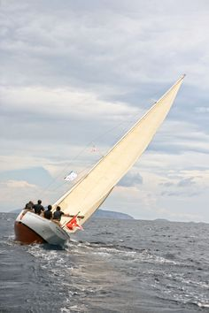 Yacht .... Racing In Spetses With A 'Salty Bag' | http://www.yatzer.com/spetses-classic-yacht-race-2013-salty-bag