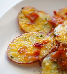 Loaded potato rounds | Community Post: 77 Magical Ways To Eat Potatoes On Saint Patrick's Day