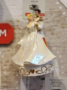 Take A Closer Look At The 2018 Disney Hallmark Keepsake Ornaments! Hallmark Disney Ornaments, Hallmark Keepsake Ornaments, Build A Snowman, Plant Decor, Closer, Take That, Disney Stuff, Christmas Ornaments, Holiday Decor