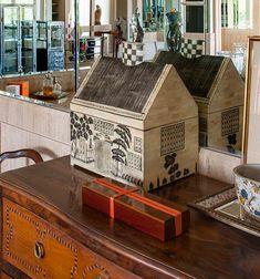 Beleza clássica da madrepérola. Veja: http://www.casadevalentina.com.br/blog/detalhes/beleza-classica-da-madreperola-3110 #decor #decoracao #interior #design #casa #home #house #idea #ideia #detalhes #details #style #estilo #casadevalentina