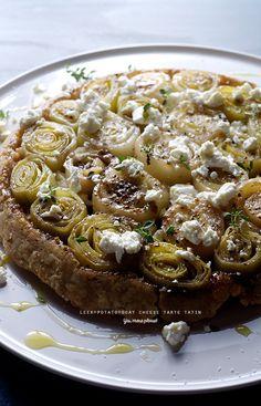 Tarte tatin de poireaux et pommes de terre,  miel et fromage de chèvre - Pâte brisée semi-complète au thym - Leek Potato, Goat Cheese Tarte Tatin