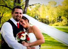Love is in the air! Beautiful photo of the bride and groom on their wedding day at Katke Golf Course.