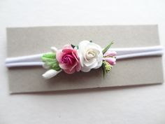 Rose Headband, Baby Flower Headbands, Newborn Headbands, Headbands For Women, Hats For Women, Baby Girl Hats, Girl With Hat, Baby Hats Knitting, Photo Props