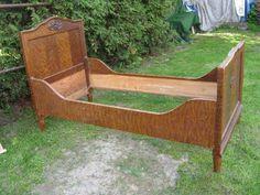 stare zabytkowe łóżko,antyk,staroć Jedlicze - image 4