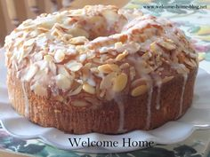 I love bundt cakes. I think the world needs more bundt cakes! I am one   of those people that never gave up on them long after bundt pa...