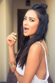 Hair - Shay Mitchell