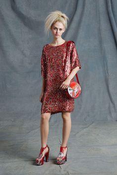 Moschino Resort 2015 Fashion Show - Charlotte Free