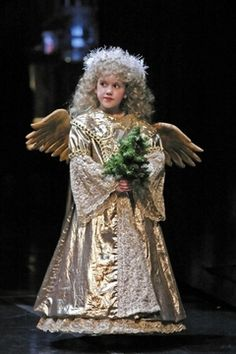 "On little wings: ""Nutcracker"" angels take flight Nutcracker Ballet Costumes, Nutcracker Characters, Ballet Crafts, Ballet Shows, Ballet Music, Angel Dress, Ballet Theater, Wings Design, Christmas Costumes"