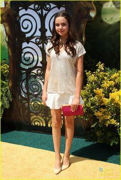 "Bailee Madison in Kelly's Kids (2014 L.A. premiere of ""Legends Of Oz: Dorothy's Return"")"