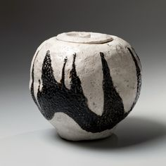 Suzuki Goro, Japanese glazed stoneware, Japanese black and white-glazed water jar, Japanese raku-glazed water jar, Japanese raku mizusashi, 2000