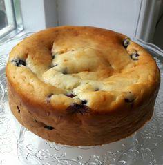 Bosbessen yoghurt-cake – Food And Drink Healthy Cake, Healthy Sweets, Healthy Dessert Recipes, Healthy Baking, Baking Recipes, Diet Recipes, Blueberry Yogurt Cake, Sweet Pie, Food Cakes