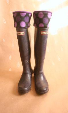 Boot Socks SLUGS Fleece Hunter Rain Boot Liners in Purple with a polka dot cuff.