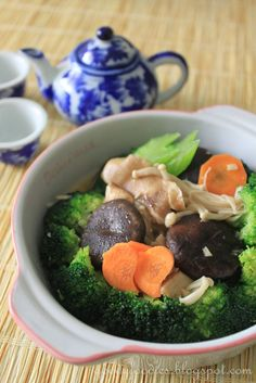 Eat Your Heart Out: Recipe: Mixed vegetables with 3 types braised mushrooms (Vegetarian)