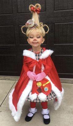 DIY Cindy Lou Who Halloween costume idea Cute Halloween Costumes, Halloween Kids, Halloween Crafts, Halloween Party, Funny Baby Costumes, Baby Grinch Costume, Family Costumes, Whoville Costumes, Snowman Costume