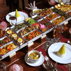 The famous and mouth watering Indonesian rice table