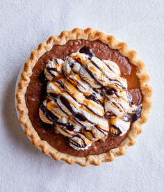 Take a break from the basket of candy and celebrate the spring holiday with one of these Easter pie recipes. Everything from crème brûlée to brownies tastes even better in pie form. #pierecipes #eastertreats #easterbaking #springdesserts #springrecipes #bhg Cheesecakes, Pie Recipes, Dessert Recipes, Mothers Day Desserts, Easter Pie, Pumpkin Pecan Pie, Pie Dessert, Dessert Tables, Holiday Cakes