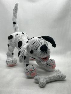 Amigurumi Designers : Crochet Da Vo – Am - Diy Crafts Gato Crochet, Crochet Patterns Amigurumi, Amigurumi Doll, Crochet Toys, Diy Dog Toys, Pet Toys, Crochet Dog Patterns, Halloween Toys, Holiday Crochet