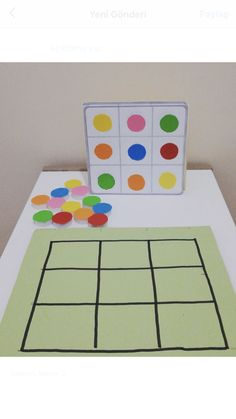 For one to one correspondence: laminate a small blank board, coloured circles & different 'sheets to copy' Preschool Learning Activities, Infant Activities, Educational Activities, Preschool Activities, Early Learning, Kids Learning, Preschool Colors, Kids Education, Kids Playing