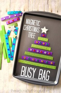 Keep the kids busy and learning with this Magnetic Christmas Tree Busy Bag made with Scotch® Expressions Tapes.
